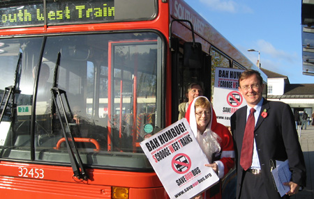 Martin Tod, Sandra Gidley MP and Cllr Eleanor Bell campaigning to save the Romsey-Winchester bus service