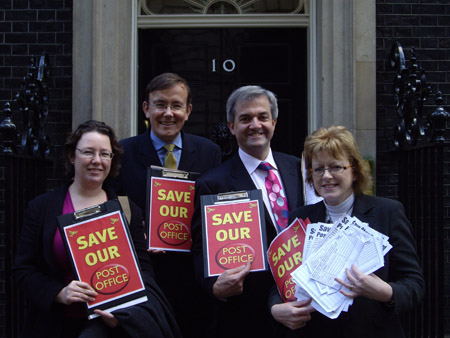 Martin Tod, Sandra Gidley MP, Chris Huhne MP and Kelsie Learney campaigning to save Hampshire post offices